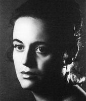 Maria Victoria Atencia