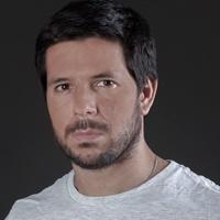 Wook.pt - Renato Cisneros